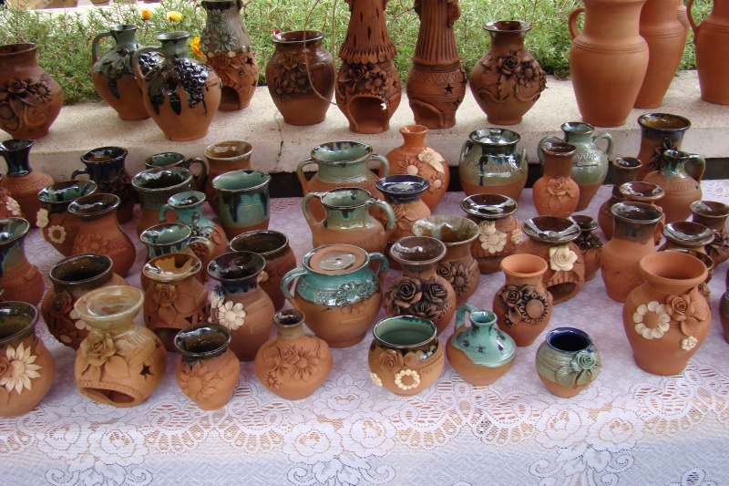 Targul de Arta Ceramica Cucuteni 5000-iunie 2010 Targul33