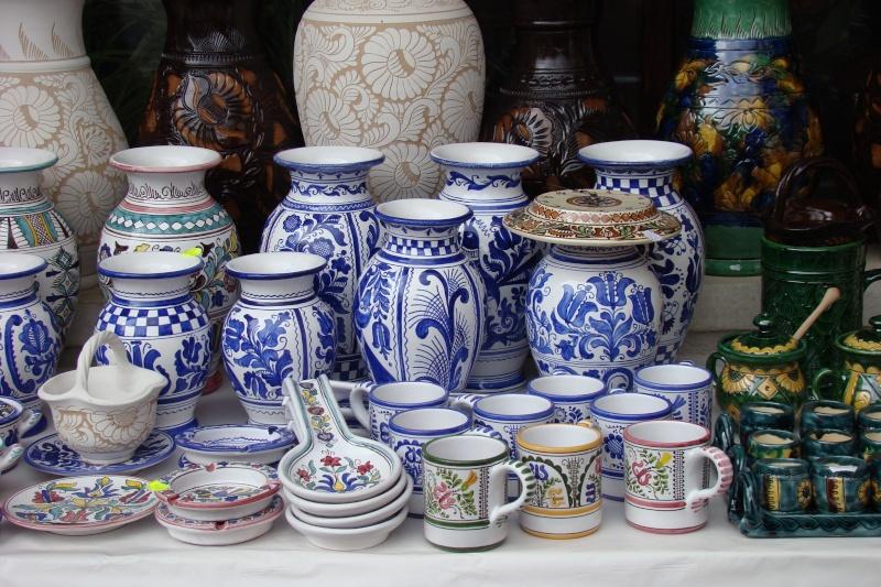 Targul de Arta Ceramica Cucuteni 5000-iunie 2010 Targul39