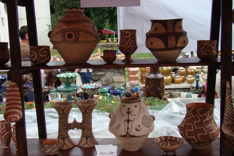 Targul de Arta Ceramica Cucuteni 5000-iunie 2010 Targul40