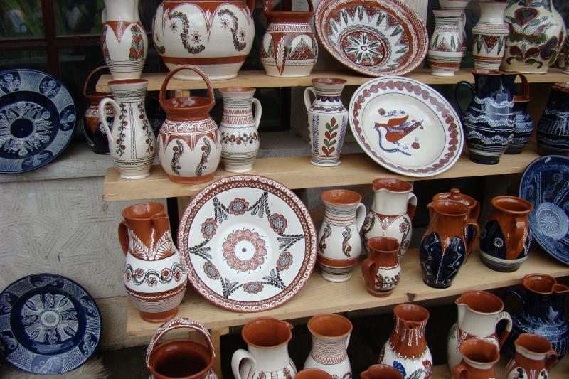 Targul de Arta Ceramica Cucuteni 5000-iunie 2010 Targul45
