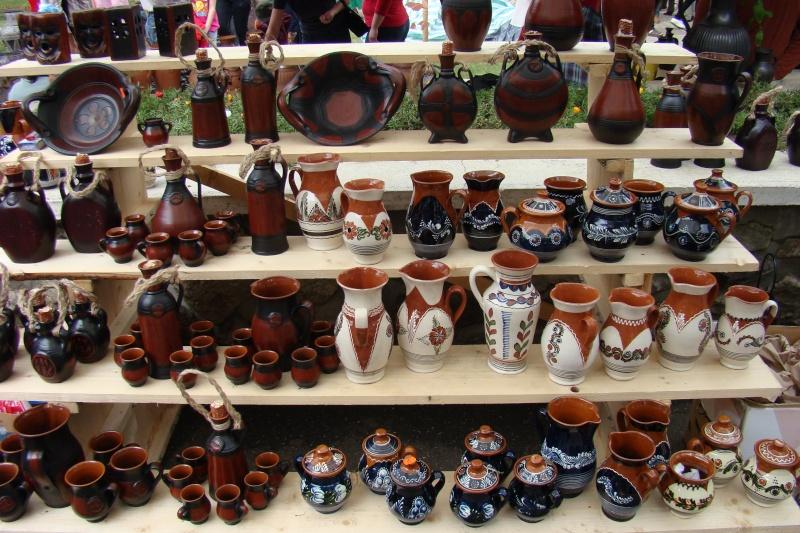 Targul de Arta Ceramica Cucuteni 5000-iunie 2010 Targul46