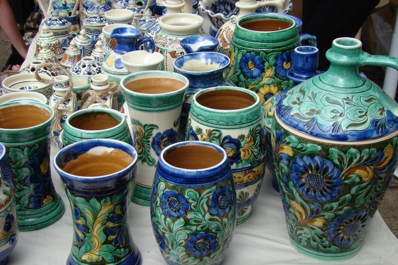Targul de Arta Ceramica Cucuteni 5000-iunie 2010 Targul53
