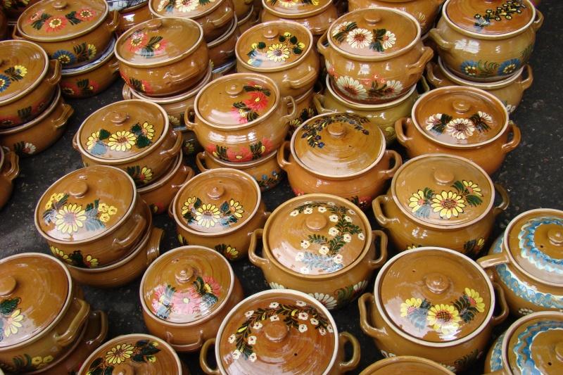 Targul de Arta Ceramica Cucuteni 5000-iunie 2010 Targul59