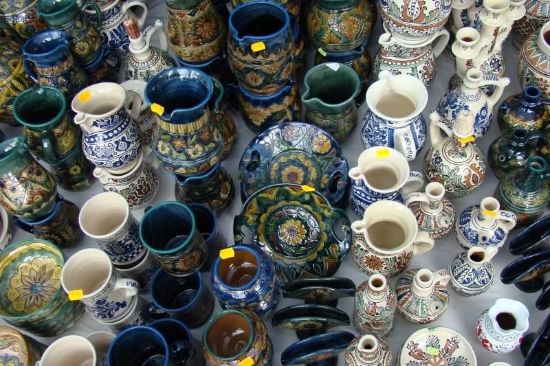 Targul de Arta Ceramica Cucuteni 5000-iunie 2010 Targul61