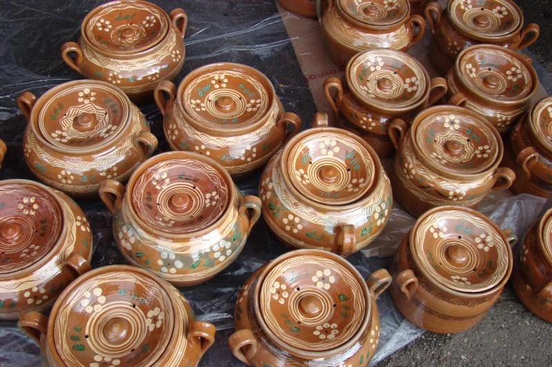 Targul de Arta Ceramica Cucuteni 5000-iunie 2010 Targul66
