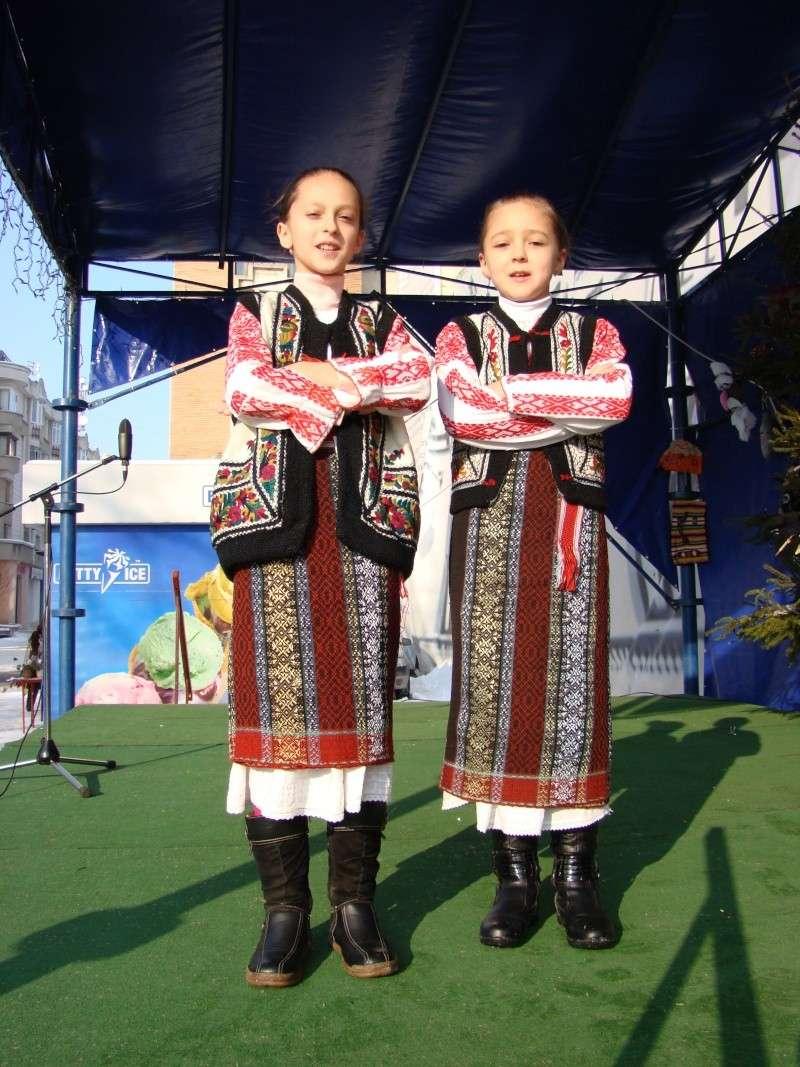 TRADIŢII PE ULIŢA LĂPUŞNEANU-19 decembrie 2010. Tradit41