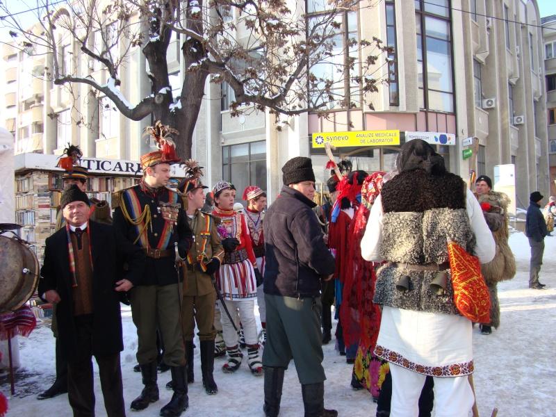TRADIŢII PE ULIŢA LĂPUŞNEANU-19 decembrie 2010. Tradit57