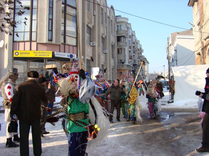 TRADIŢII PE ULIŢA LĂPUŞNEANU-19 decembrie 2010. Tradit75