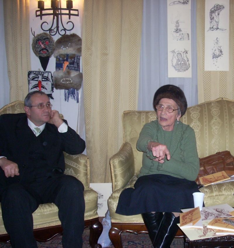 """11 Decembrie 2010- Sedinta a VIII-a a Cenaclului U.P.-Lansare de carte """"Dincolo de cer""""-Violetta Petre Violet19"""