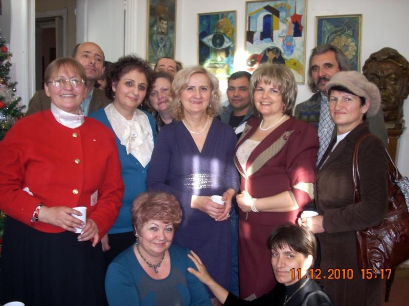 """11 Decembrie 2010- Sedinta a VIII-a a Cenaclului U.P.-Lansare de carte """"Dincolo de cer""""-Violetta Petre Violet24"""