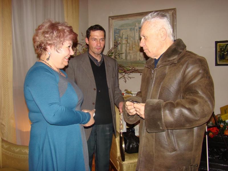 """11 Decembrie 2010- Sedinta a VIII-a a Cenaclului U.P.-Lansare de carte """"Dincolo de cer""""-Violetta Petre Violet39"""