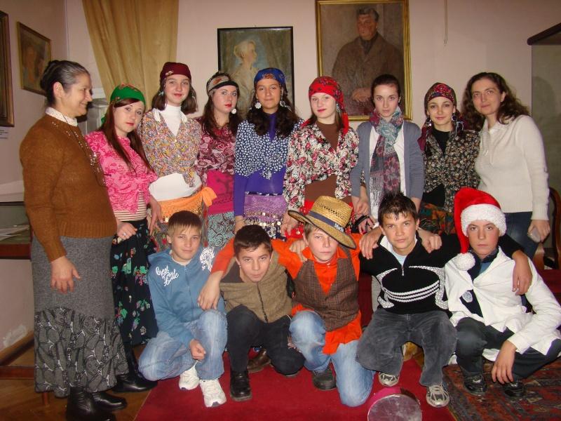 """11 Decembrie 2010- Sedinta a VIII-a a Cenaclului U.P.-Lansare de carte """"Dincolo de cer""""-Violetta Petre Violet55"""