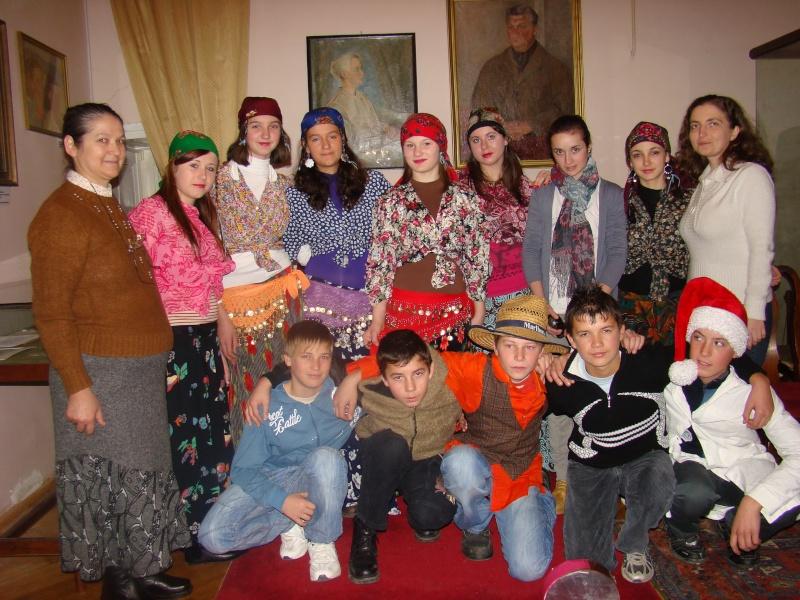 """11 Decembrie 2010- Sedinta a VIII-a a Cenaclului U.P.-Lansare de carte """"Dincolo de cer""""-Violetta Petre Violet57"""