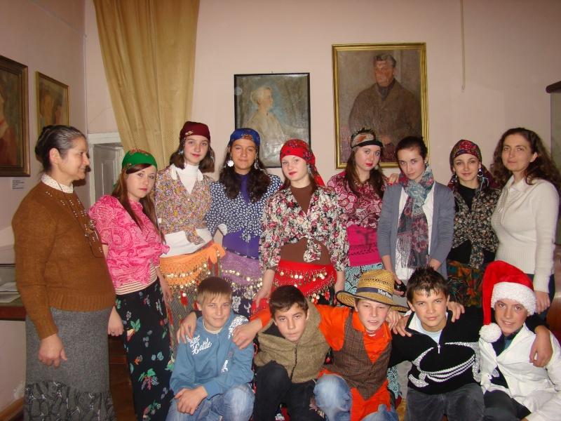 """11 Decembrie 2010- Sedinta a VIII-a a Cenaclului U.P.-Lansare de carte """"Dincolo de cer""""-Violetta Petre Violet58"""