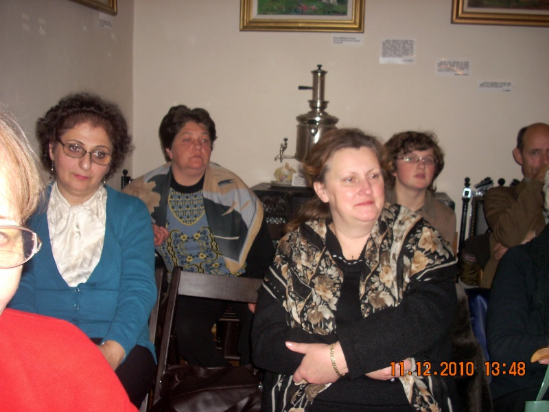 """11 Decembrie 2010- Sedinta a VIII-a a Cenaclului U.P.-Lansare de carte """"Dincolo de cer""""-Violetta Petre Violet66"""
