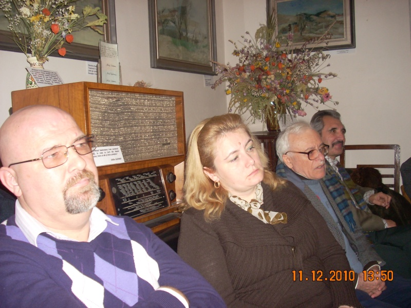 """11 Decembrie 2010- Sedinta a VIII-a a Cenaclului U.P.-Lansare de carte """"Dincolo de cer""""-Violetta Petre Violet70"""