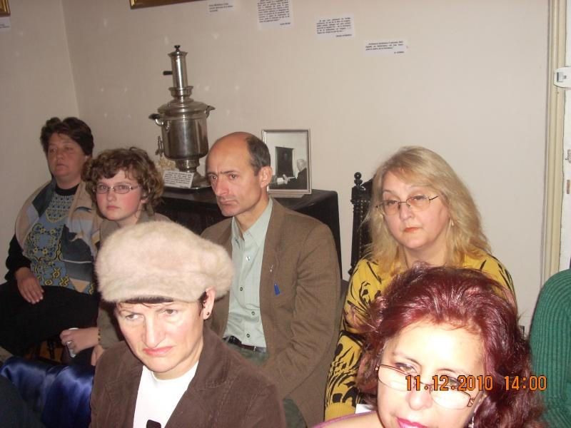 """11 Decembrie 2010- Sedinta a VIII-a a Cenaclului U.P.-Lansare de carte """"Dincolo de cer""""-Violetta Petre Violet75"""