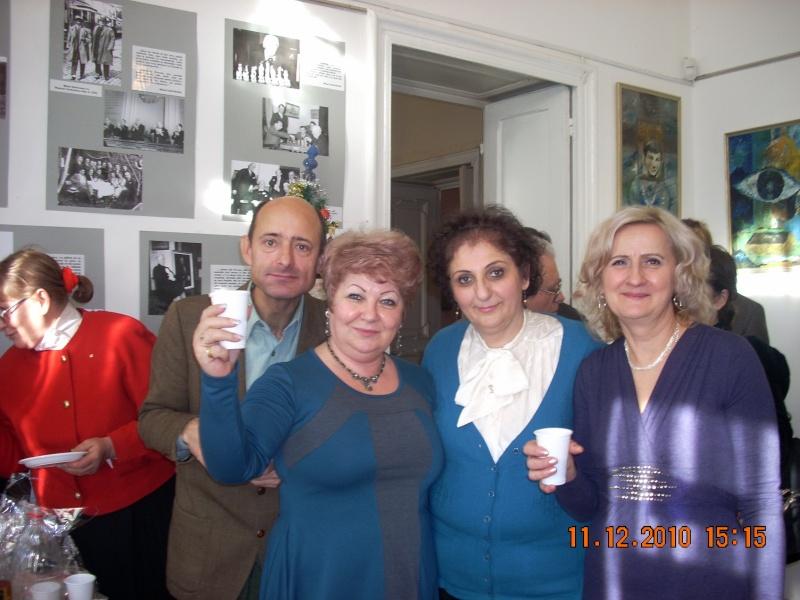 """11 Decembrie 2010- Sedinta a VIII-a a Cenaclului U.P.-Lansare de carte """"Dincolo de cer""""-Violetta Petre Violet78"""