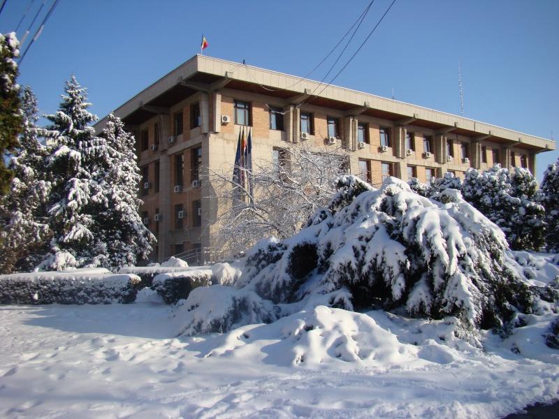 IASI-in vesminte de iarna Zapada25