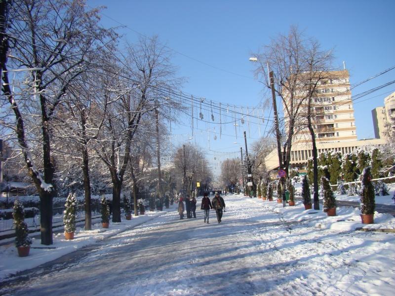IASI-in vesminte de iarna Zapada29