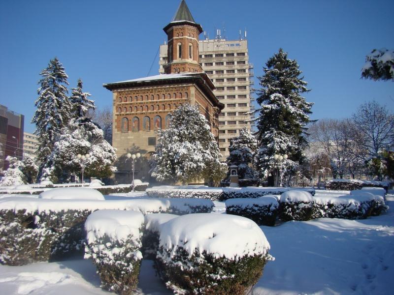 IASI-in vesminte de iarna Zapada30