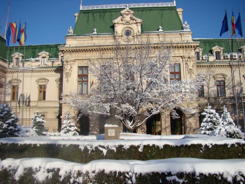 IASI-in vesminte de iarna Zapada34