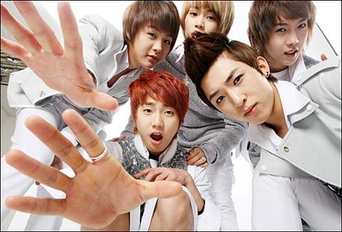 [Photoshoot][17.03.10] Star News 04kiss10