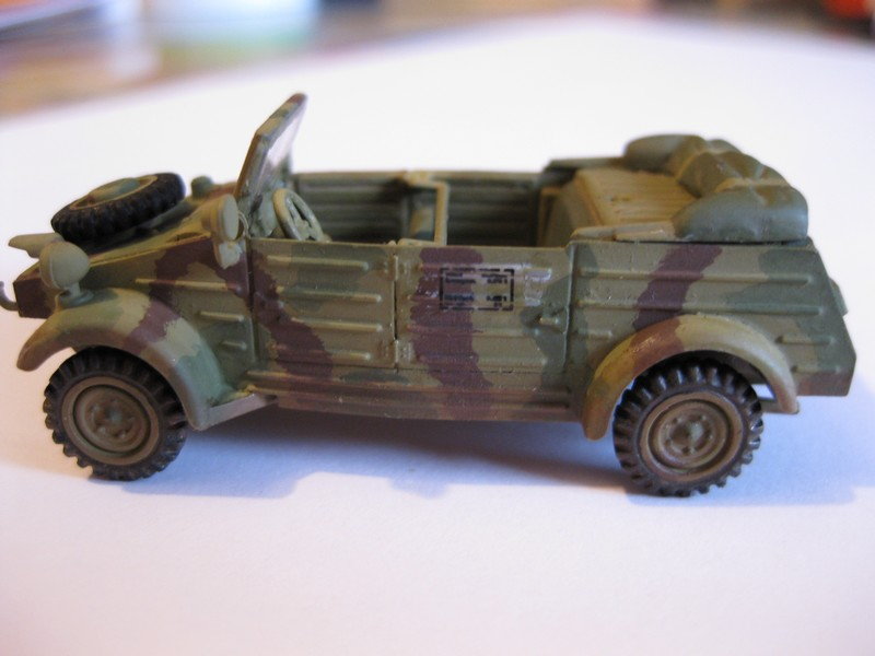 Kubelwagen ,WW.II Ground Vehicle Set [Academy 1/72 ] FINI! - Page 2 Photo184