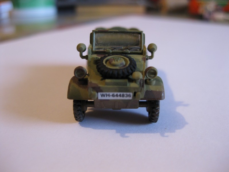 Kubelwagen ,WW.II Ground Vehicle Set [Academy 1/72 ] FINI! - Page 2 Photo185