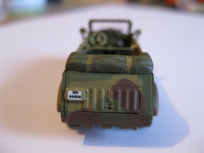 Kubelwagen ,WW.II Ground Vehicle Set [Academy 1/72 ] FINI! - Page 2 Photo186