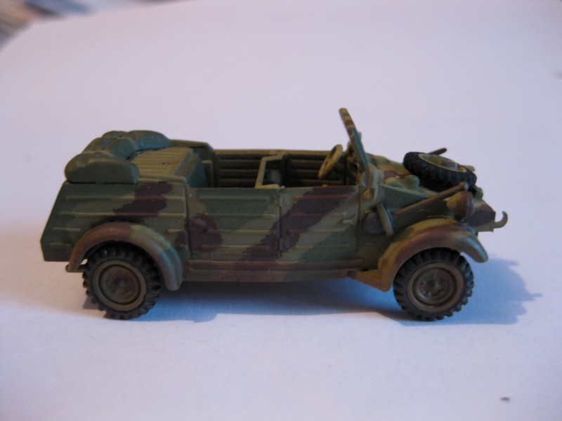 Kubelwagen ,WW.II Ground Vehicle Set [Academy 1/72 ] FINI! - Page 2 Photo192