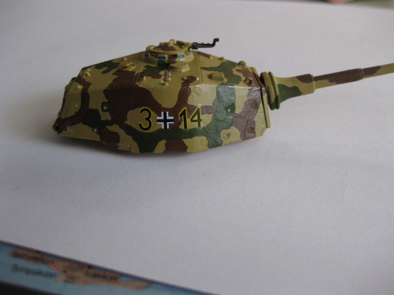 Tiger II Ausf. B Production Turret [Revell, 1/72 ]: FINI! (Ouf!) - Page 3 Photo361