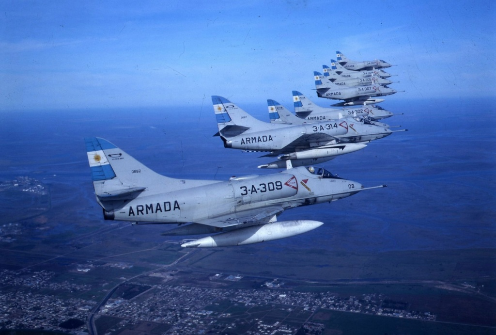 From the box - Harrier GR3 aux Malouines - Airfix - 1/72 *** Terminé en pg 2 A4q_ar10