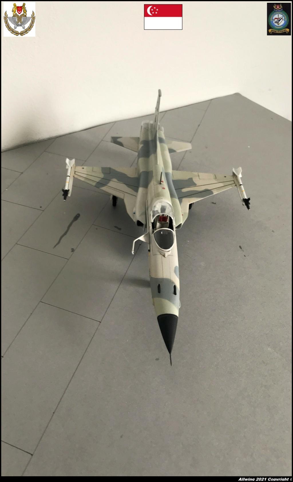 Northrop F 5 E   (Monogram / Revell   1/48)  FINI - Page 2 F5s210