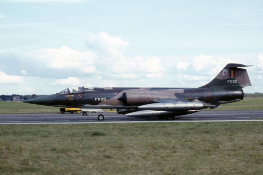 F 104 G ( Monogram 1/48) FINI - Page 2 Fx-2510