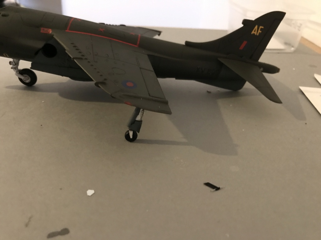 H.S.  HARRIER GR 3    ( AIRFIX  1/48)  FINI - Page 3 Img_0137
