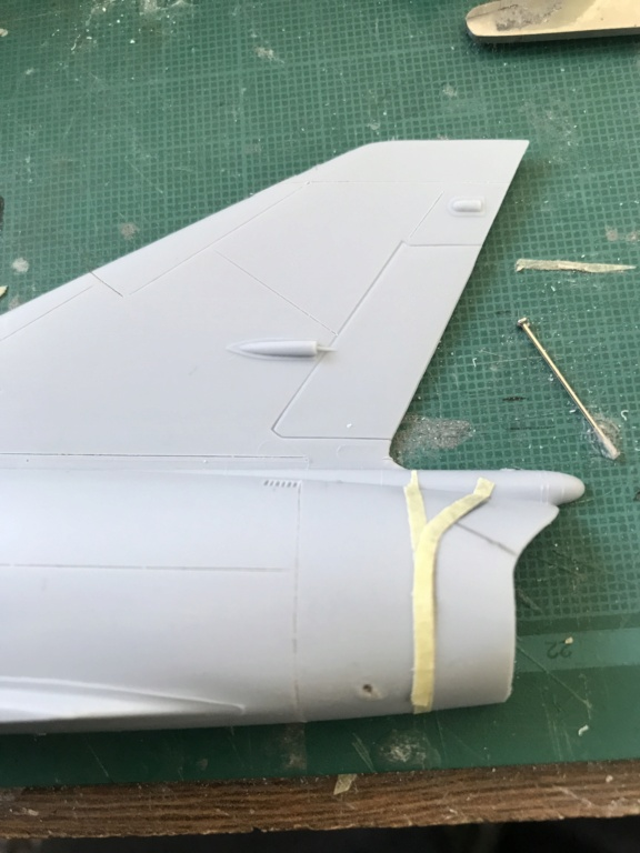 Mirage 5 G2  (HELLER 1/48) Img_0512