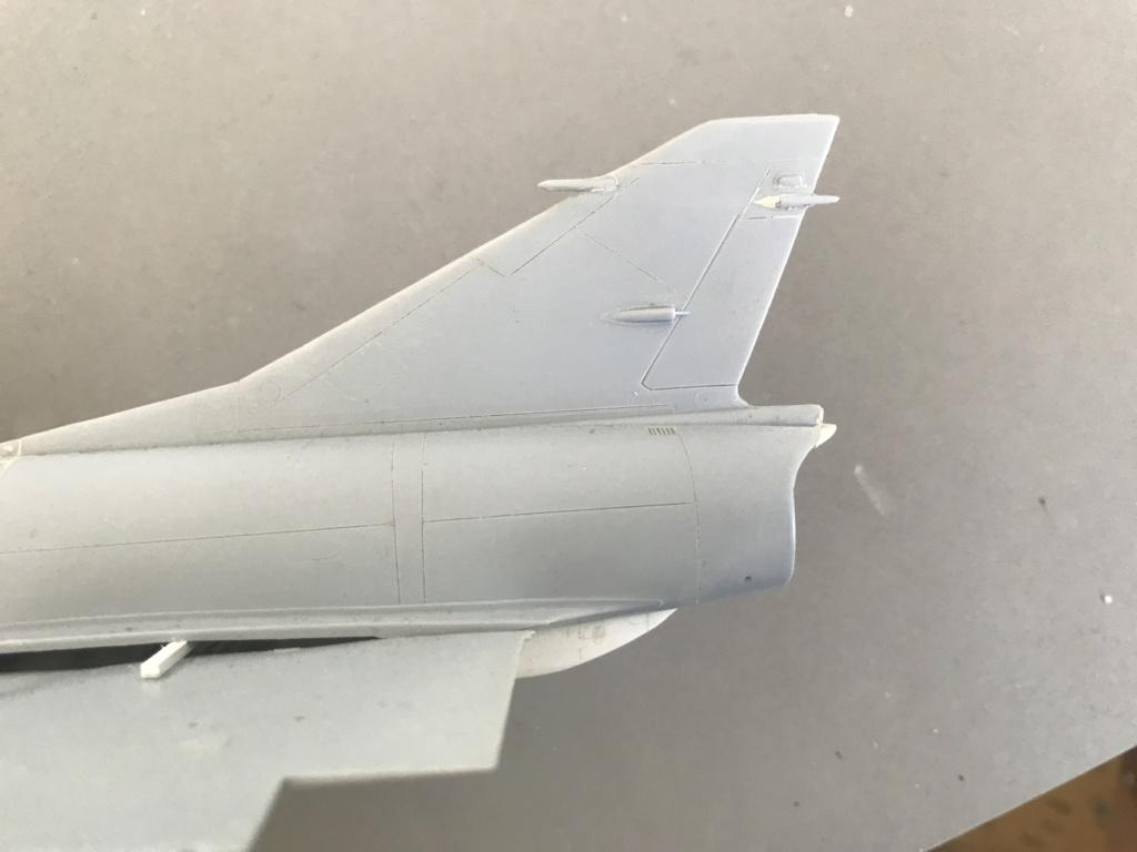 Mirage 5 G2  (HELLER 1/48)   FINI Img_0514