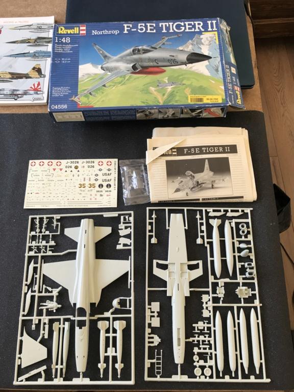 Northrop F 5 E   (Monogram / Revell   1/48)  FINI Img_1017