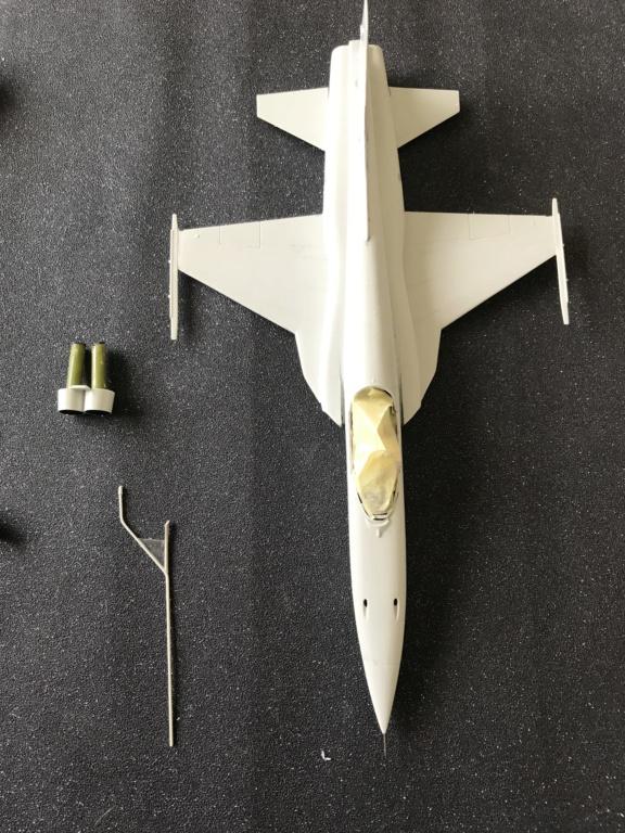 Northrop F 5 E   (Monogram / Revell   1/48)  FINI Img_2211
