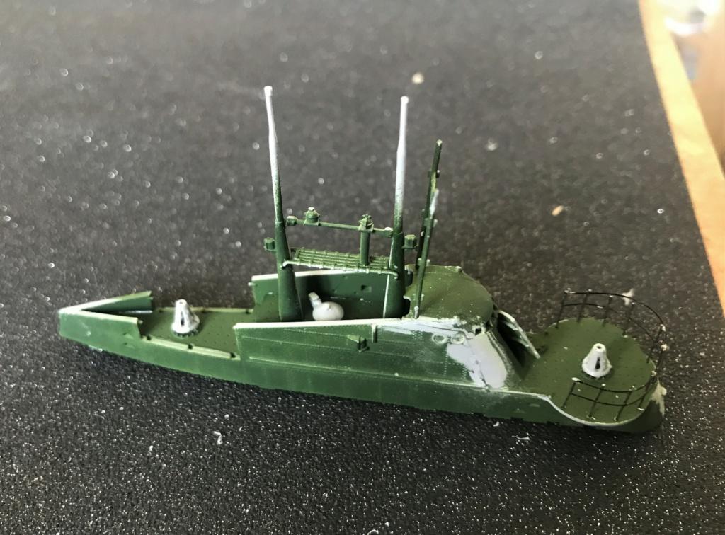 Sous marin Soviétique  SHCHUKA  classe X   (ZVEDA  1/144)    FINI Img_2615