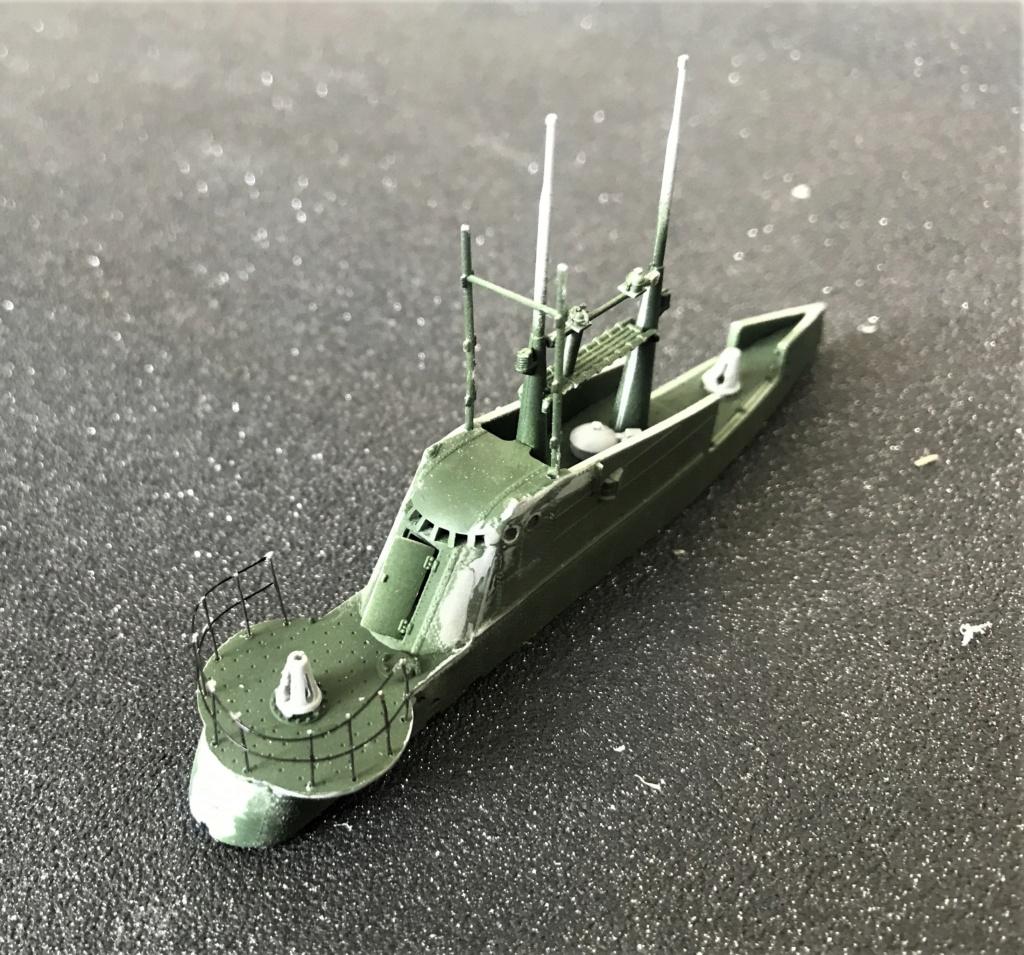 Sous marin Soviétique  SHCHUKA  classe X   (ZVEDA  1/144)    FINI Img_2616