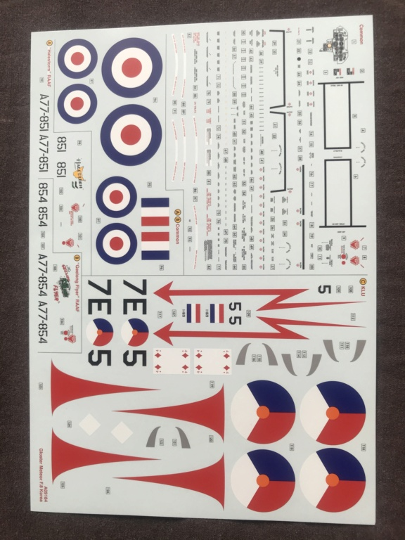 GLOSTER METEOR F8  ( AIRFIX  1/48)  FINI Img_2723