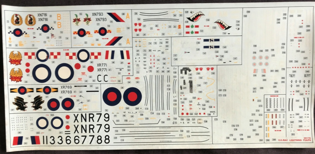 English Electric  / BAC    LIGHTNING  F6   ( AIRFIX  1/48) Img_3028