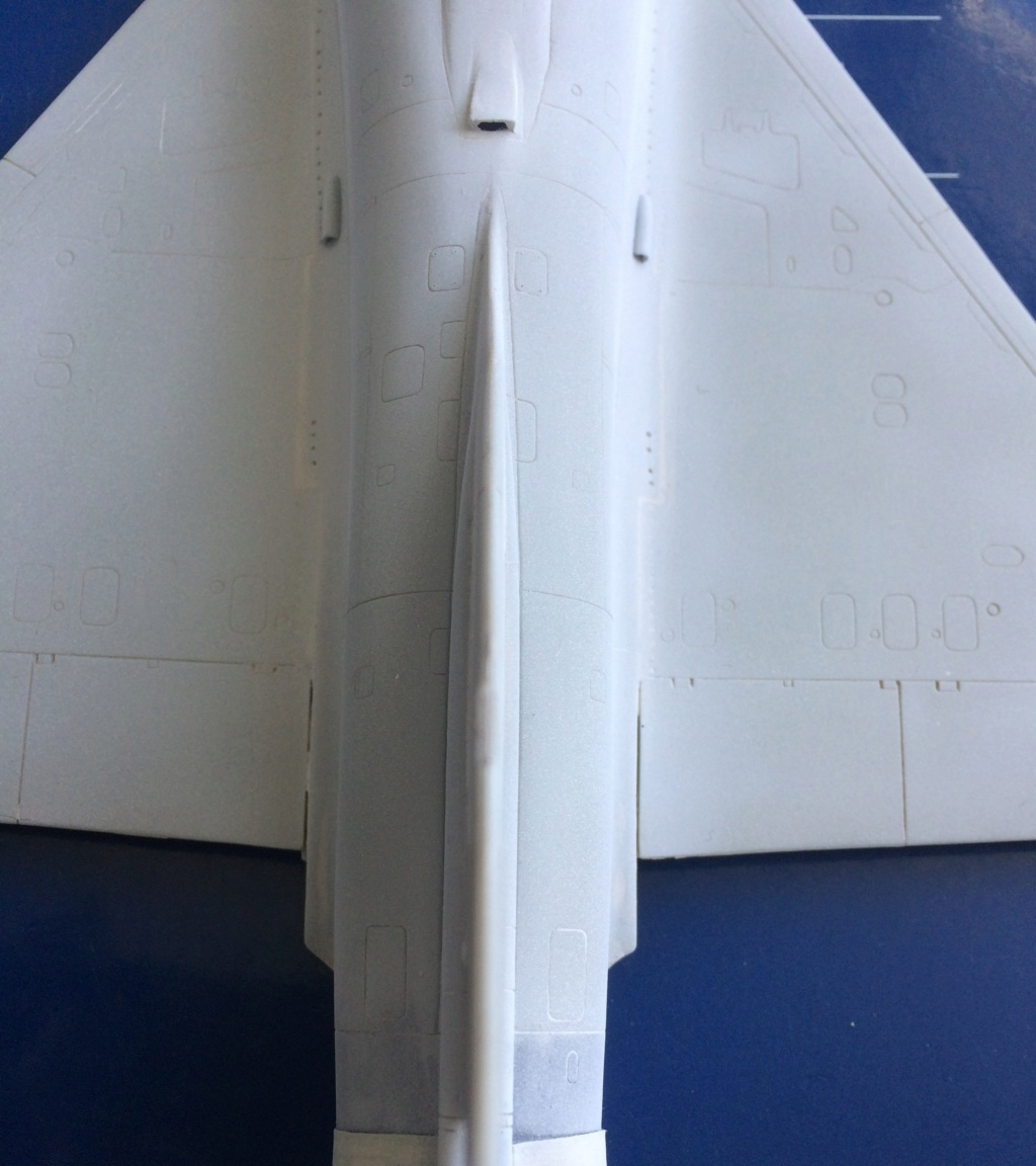 mirage 2000 c - Page 3 Img_3315