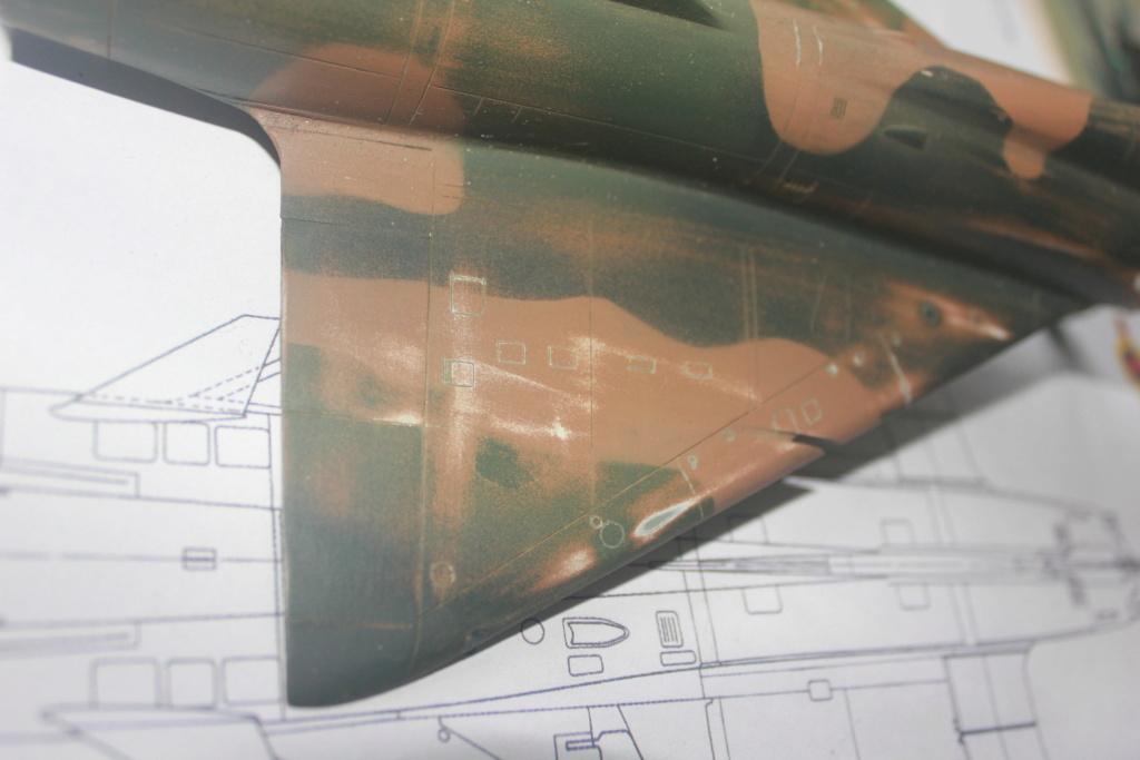 Mirage V Belgium  (restauration d'un Heller au 1/48) Img_4214
