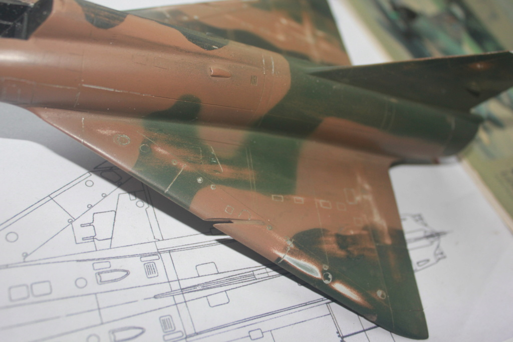Mirage V Belgium  (restauration d'un Heller au 1/48) Img_4215