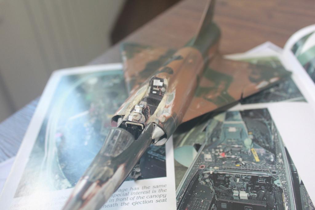 Mirage V Belgium  (restauration d'un Heller au 1/48) Img_4221