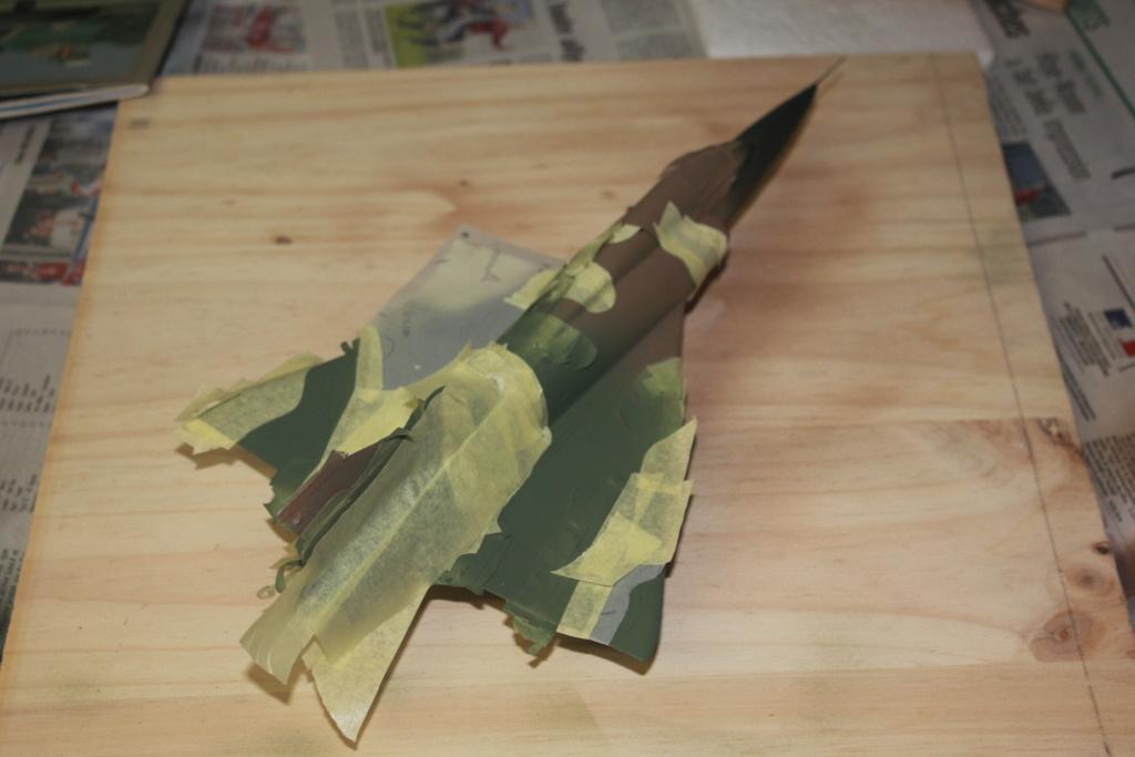Mirage V Belgium  (restauration d'un Heller au 1/48) - Page 2 Img_4418
