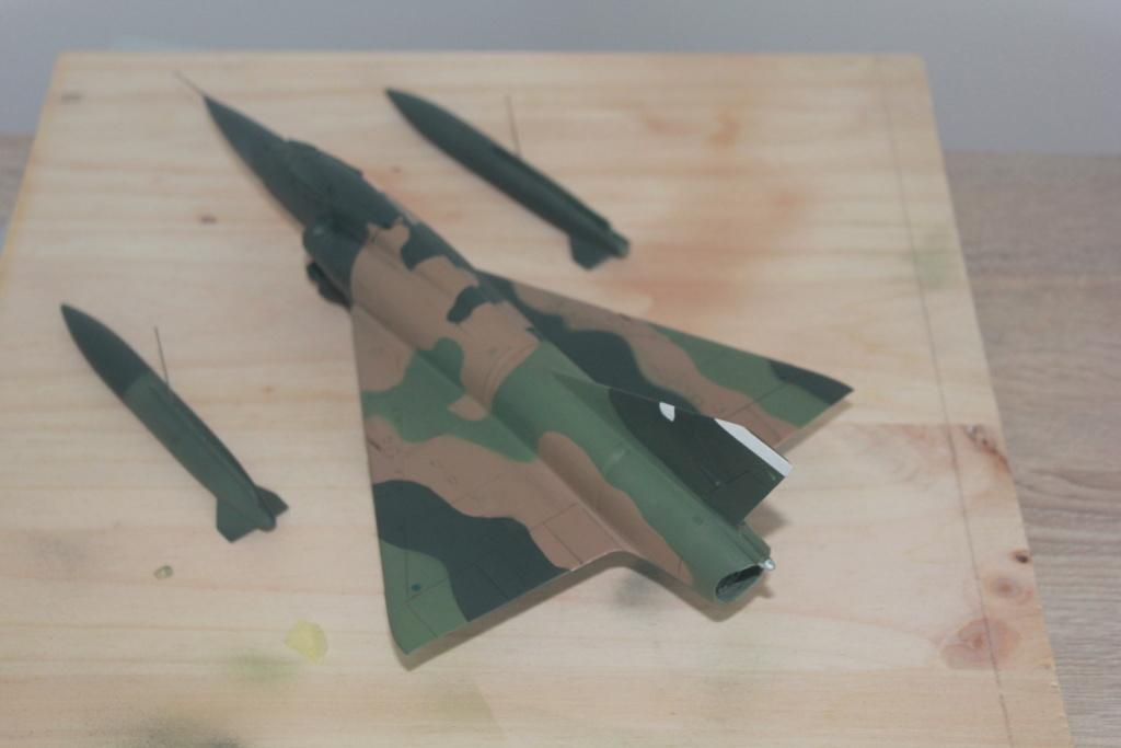 Mirage V Belgium  (restauration d'un Heller au 1/48) - Page 2 Img_4428